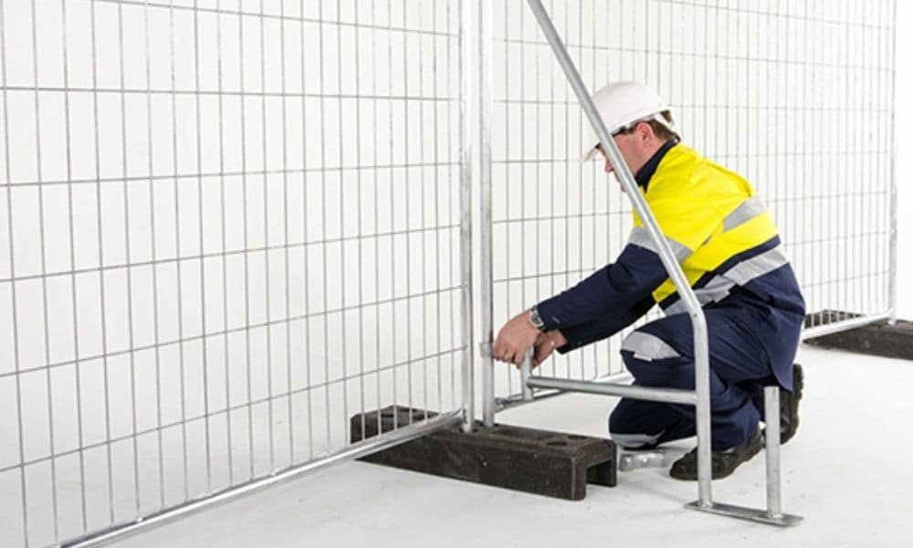 How to Correctly and Safely Install Temporary Fencing