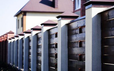 Selecting the Right Fencing Materials for Your New Home